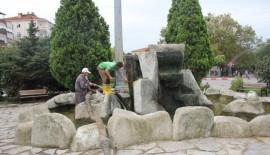 Kırklareli'de süs havuzları temizleniyor