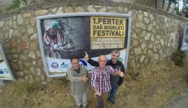 Yılmaz Özkaya, Pertek Festivali'nde uçtu (VİDEOLU HABER)