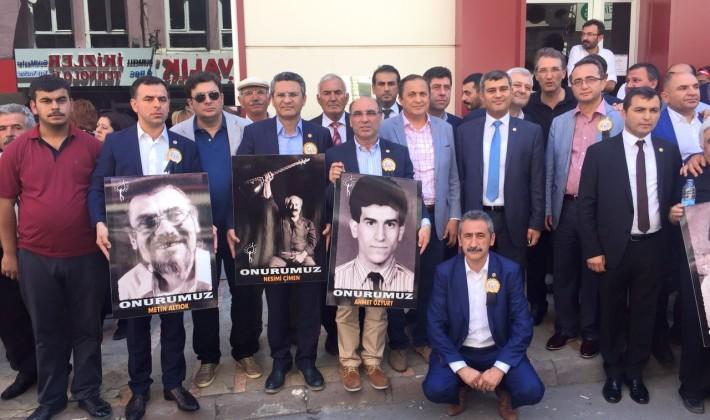 Erdin Bircan Sivas'ta Madımak şehitlerini andı.