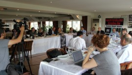 Gazetecilere Özgürlük Platformu  panel düzenledi