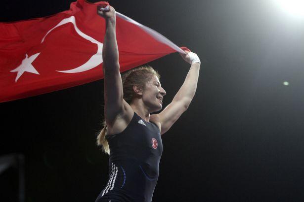 Edirneli Yasemin Adar dünya şampiyonu oldu