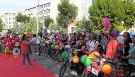 Lüleburgaz'da ilk kez süslü kadınlar bisiklet turu yapıldı