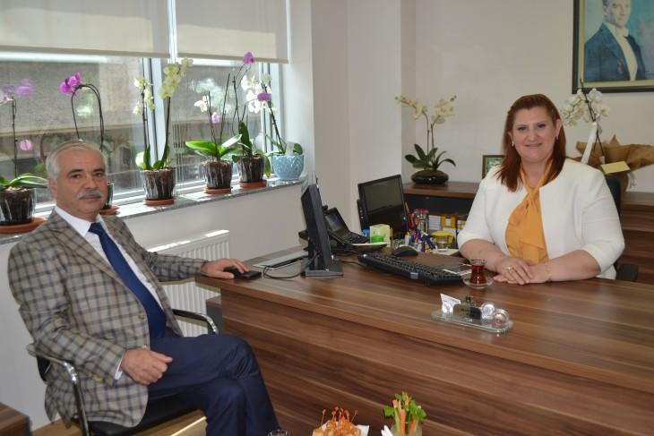 Özcan'dan Vakıfbank'ın Yeni Binası'na Ziyaret