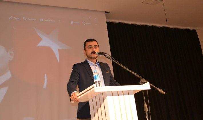 """Eren Erdem: """"Anayasa geçerse, ülke darbe cehennemine döner"""""""
