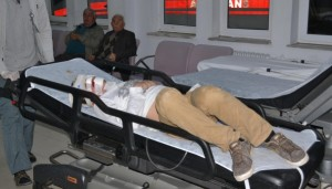 10 metreden düşen genç ağır yaralandı