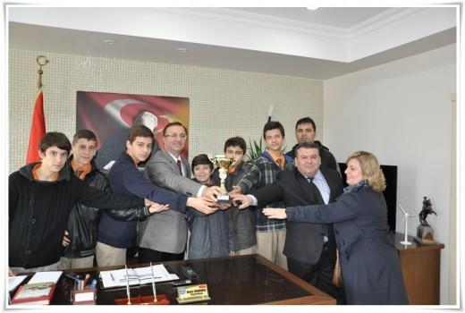 Futbolda İl Şampiyonu Ahmet Yenice'den Dınkırcı'ya ziyaret…