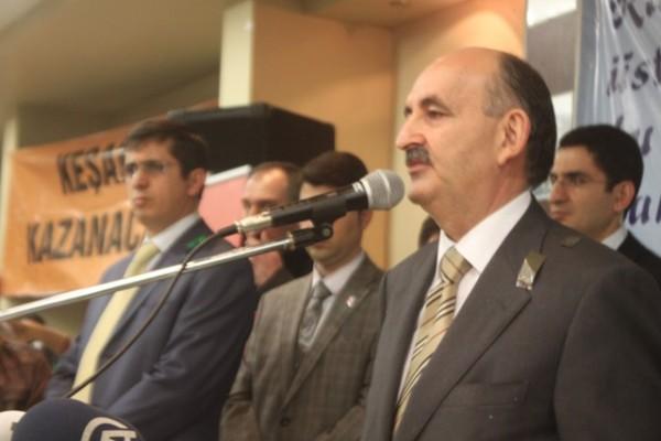 Sağlık Bakanı Müezzinoğlu Keşan'ı ziyaret etti.