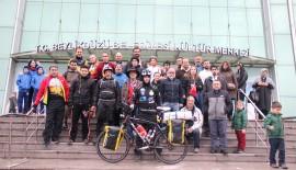 Meriç Şehit, barış için 74 bin kilometre pedallayacak.