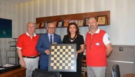 Türkiye Satranç Federasyonu Başkanı Tulay'dan, Süleymanpaşa Belediye Başkanı'na Ziyaret…