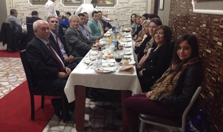 Mehmet Akif Ersoy Anadolu Lisesi, öğretmenler günü yemeğinde buluştu