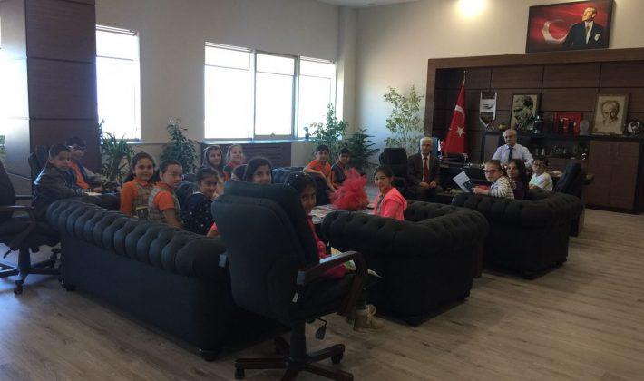 Özcan'a Öğrencilerden Ziyaret…