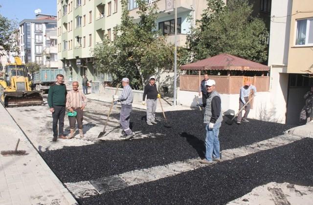 İlyas Bey Caddesi asfaltlandı.