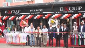 Keşan Belediye Başkan Vekili İbrahim Dinç, Excup Giyim'in açılışına katıldı