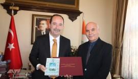 Ünlü Ressam Nalbantis'ten, Gürkan'a Ziyaret