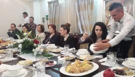 Büyükelçi Kıvılcım Kılıç'tan Kosova'daki Türk Gazetecilere İftar Yemeği…