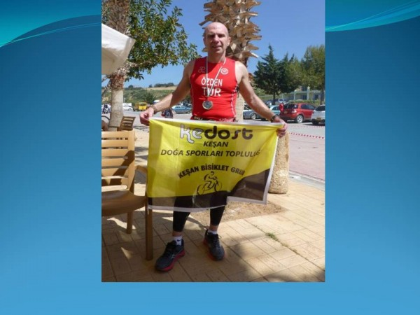 KEDOST Sporcusu Seha Özden,Kıbrıs Triatlonu'nu başarıyla tamamladı