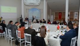 CHP'li BELEDİYELER ,SOSYAL HİZMET POLİTİKALARI  BEYLİKDÜZÜ'NDE GÖRÜŞTÜ