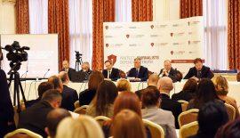 Kosova'da Gazetecilerin Güvenliği Tartışılıyor.