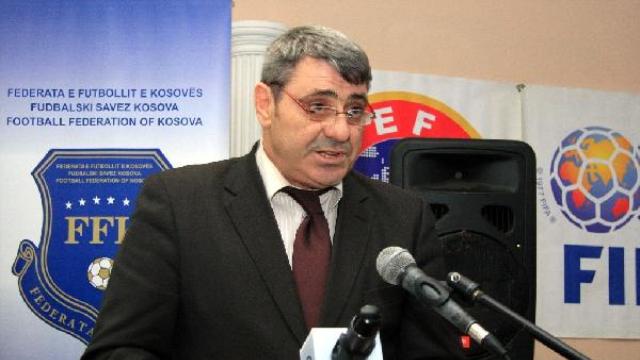 Kosova Futbol Federasyonu başkanı yeniden Fadil Vokri oldu