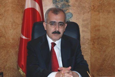 Vali Duruer 1 Mayıs'ı kutladı…