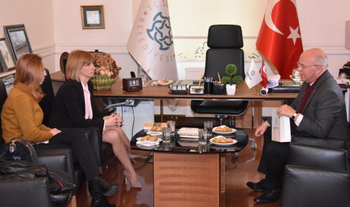 Yunanistan'ın yeni Edirne konsolosu Theocharidi Başkan Eşkinat'ı ziyaret etti