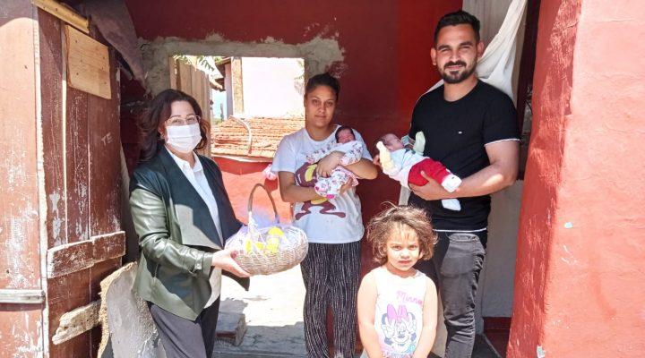Keşan Belediyesi'nin Hoşgeldin Bebek Projesi'nde bugüne kadar 240 Aile ziyaret edildi