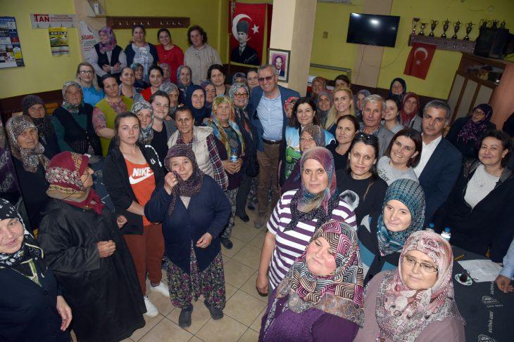Aksal ve Helvacıoğlu İzzetiyeli kadınların İzzet İkram Pazarı heyecanına ortak oldu
