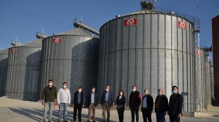 LİDAŞ depoları günlük 4 bin ton alım yapıyor ve 24 saatlik çalışma programı ile çiftçilere hizmet veriyor