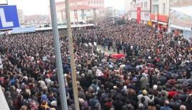 Akın Buluş'un cenazesi 5 bin kişi tarafından uğurlandı.(Videolu Haber)