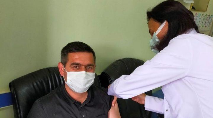 AK Parti Keşan İlçe Başkanı Gürcan Kılınç 1.doz aşısını oldu