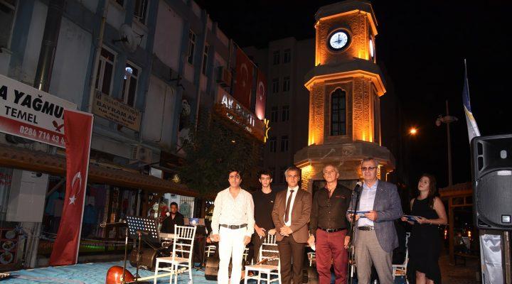 Keşan'da Neşet Ertaş ve Zeki Müren anısına saygı konseri