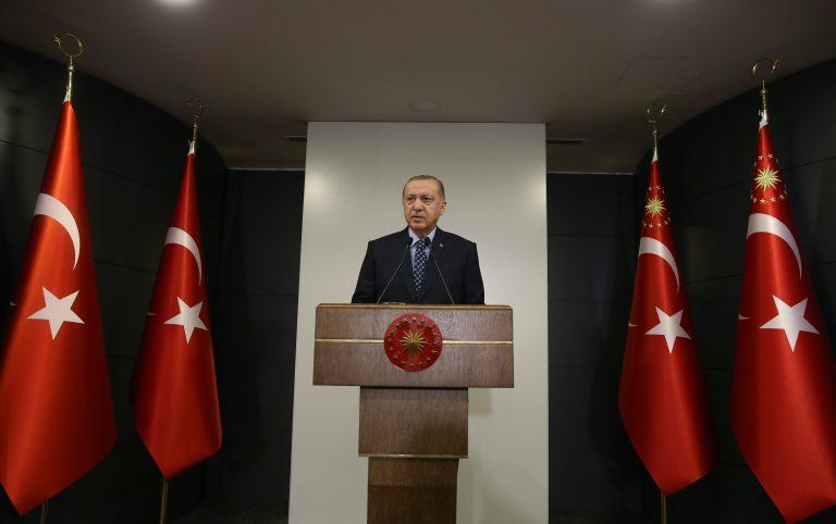 30 Büyükşehir ve Zonguldak'a Giriş Çıkışlar Yasaklandı