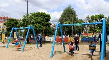 Trakya'da 14 yaş altı çocuklar park ve yeşil alanlarda eğlendi