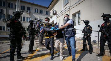 Bursa'da polis memurunun silahlı kavgada şehit edilmesiyle ilgili 3 kişi tutuklandı