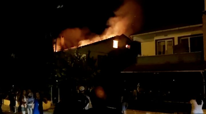 Yayla Sahilinde bir evde çıkan yangın söndürüldü