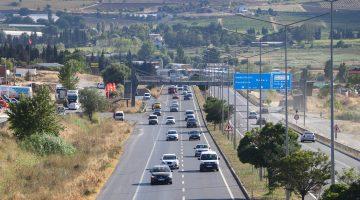 Tekirdağ-İstanbul kara yolunda tatil dönüşü yoğunluğu