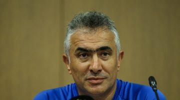 Kasımpaşa'da teknik direktörlük görevine Mehmet Altıparmak getirildi