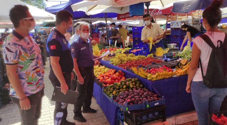 Havsa'da maske takmayan pazarcılara para cezası kesildi