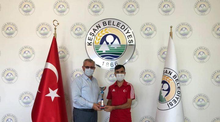 Ahmet Tek'ten Helvacıoğlu'na ziyaret
