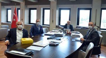 AK Parti Tekirdağ Milletvekili Yel, Bakanı Karaismailoğlu'nu ziyaret etti
