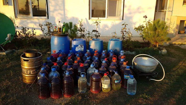 Çorlu'da 152 litre kaçak içki ele geçirildi