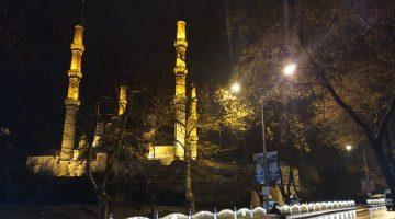 Edirne'de şiddetli sağanak etkili oluyor