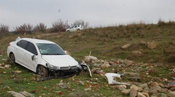 Malkara'da devrilen otomobilin sürücüsü emniyet kemeri sayesinde yaralanmadı