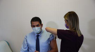 Trakya'da sağlık çalışanlarına CoronaVac aşısının ilk dozu yapılmaya başlandı