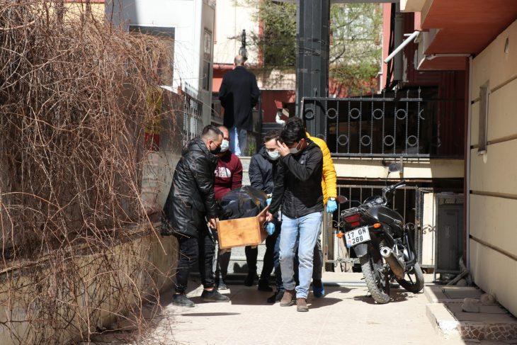 Edirne'de inşaat işçisi ev arkadaşı tarafından bıçakla öldürüldü