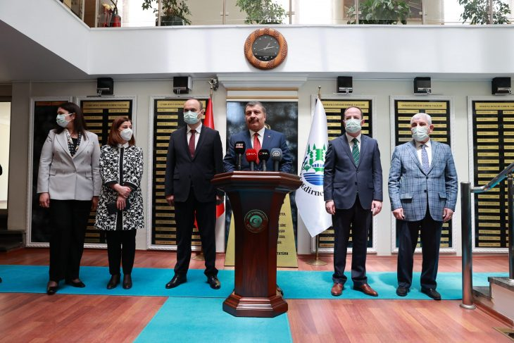Sağlık Bakanı Fahrettin Koca Edirne'de…