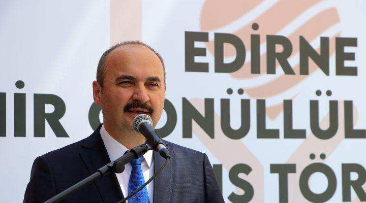 Edirne Valisi Canalp, 19 Ekim Muhtarlar Günü'nü kutladı