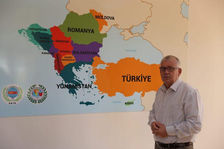 Yunanistan'ın Batı Trakya Türk Azınlığına ait 12 ilkokulu kapatma kararına tepki