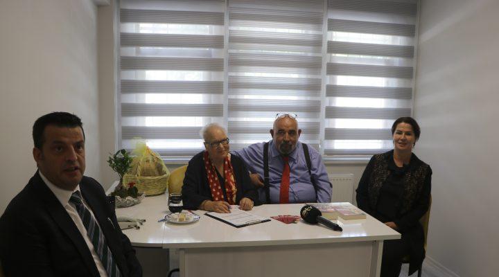 Sabriye Cemboluk ve Şeref Kurtiş, Edirne Şehir Gönüllüleri Vakfı'na üye oldu