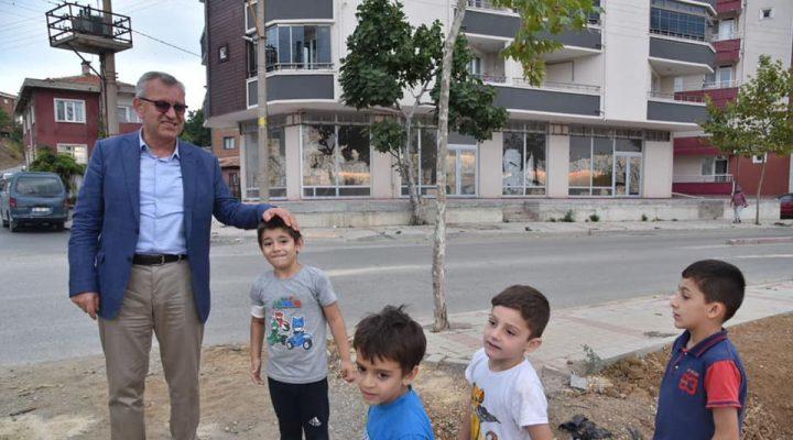 Helvacıoğlu, çocuklarla bir araya geldi
